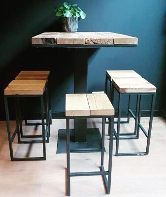 Bartafel Met 6 Barstoelen.Complete Set Bartafel 100x70x100 Met 6 Barkrukken
